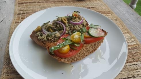 -tuna- sandwich